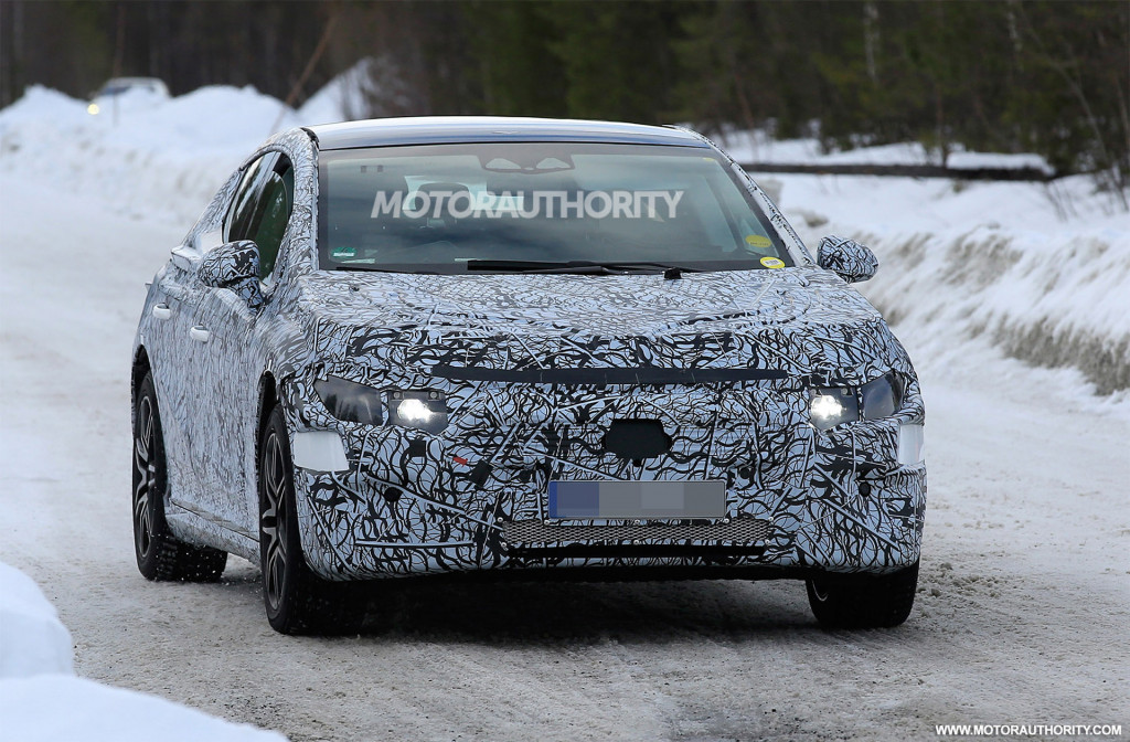 2022 Mercedes-Benz EQE spy shots - Photo credit: S. Baldauf/SB-Medien