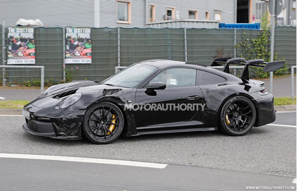 2023 Porsche 911 GT3 RS spy shots - Photo credit: S. Baldauf/SB-Medien
