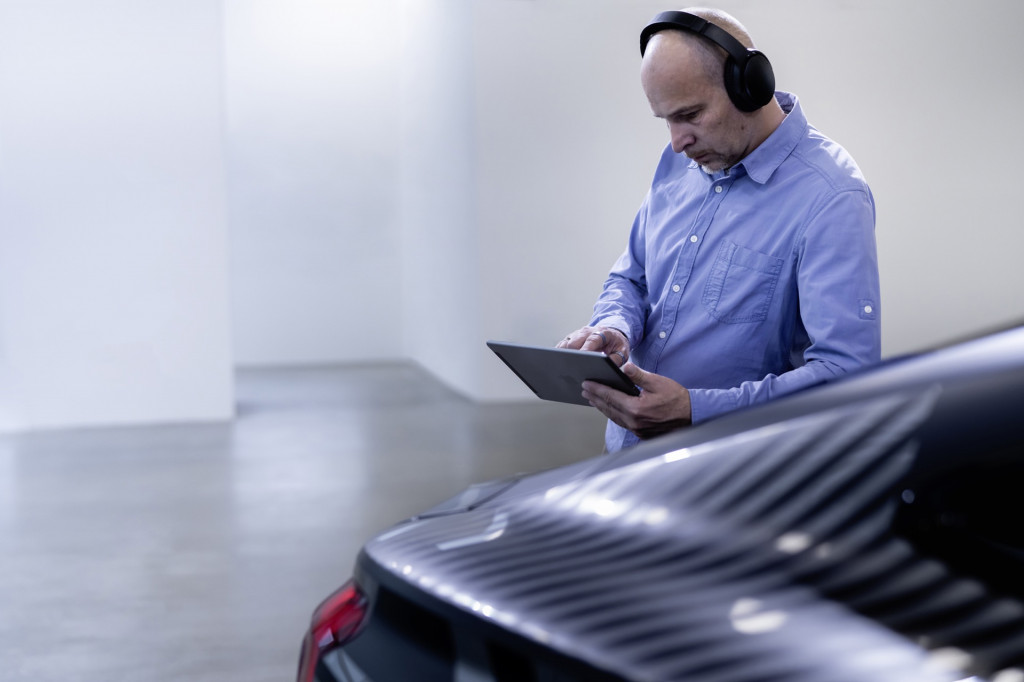 Acoustic engineers and Audi E-Tron GT prototype