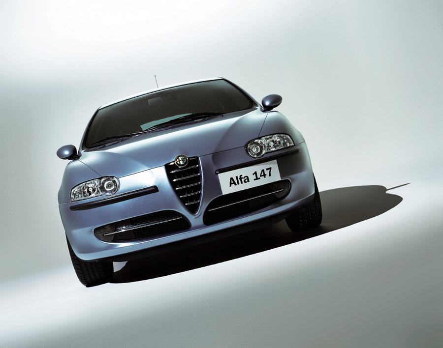 driving the 2010 italian alfa romeo 147 jtd 1 9. Black Bedroom Furniture Sets. Home Design Ideas