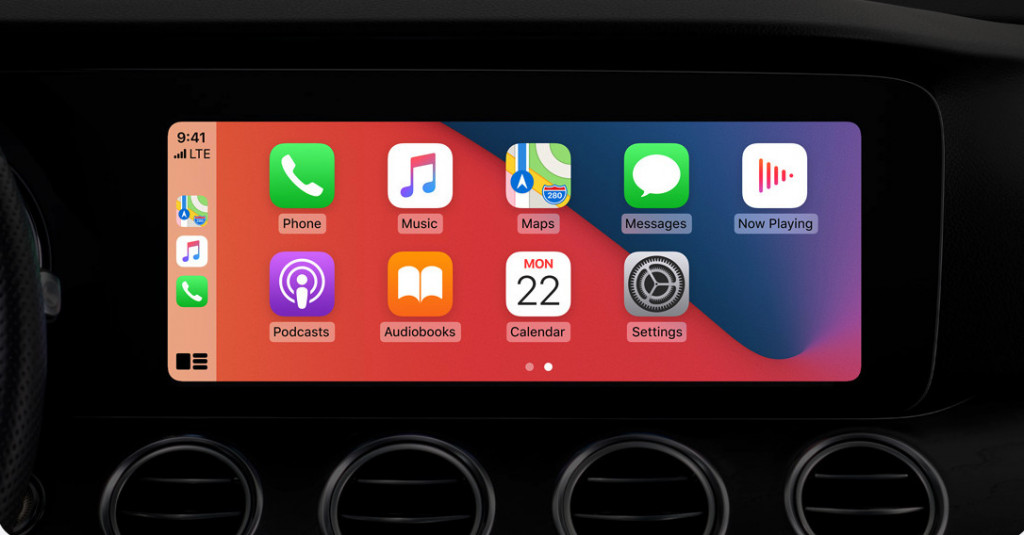 Apple CarPlay iOS 14
