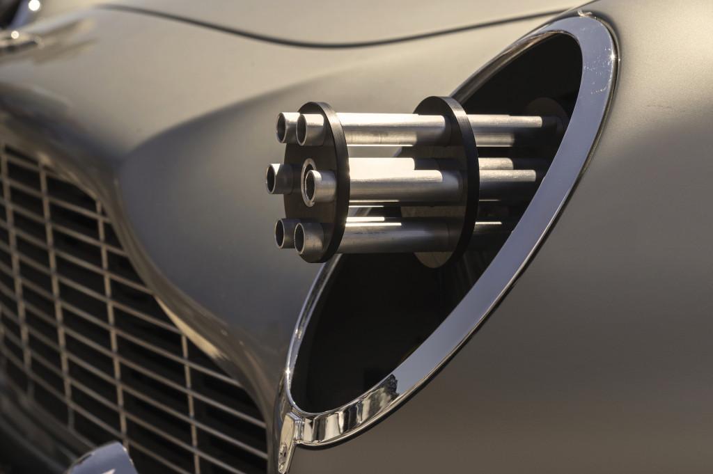 Aston Martin DB5 in
