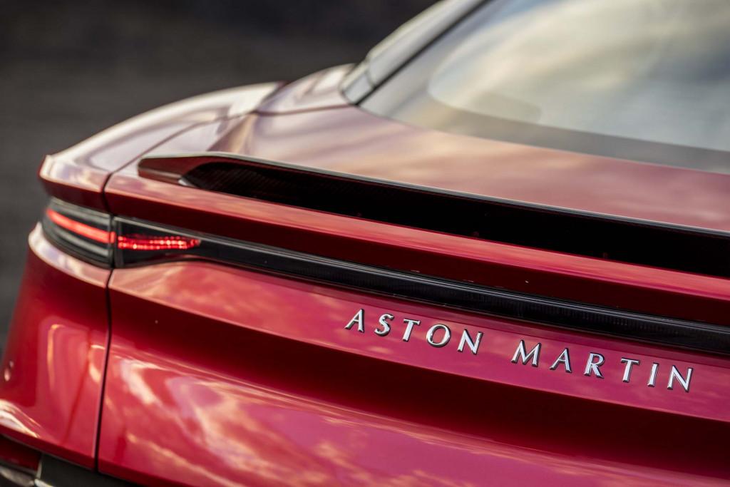Aston Martin Shares Start Trading At 24 Value Company At 5 6b