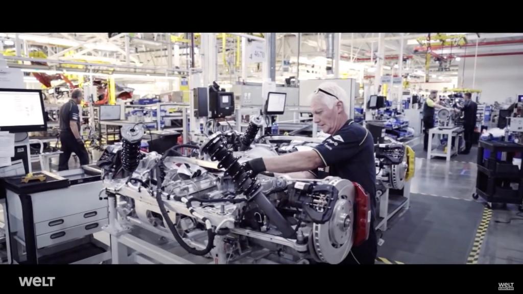 Aston Martin Vantage production (screenshot from Welt Documentary)