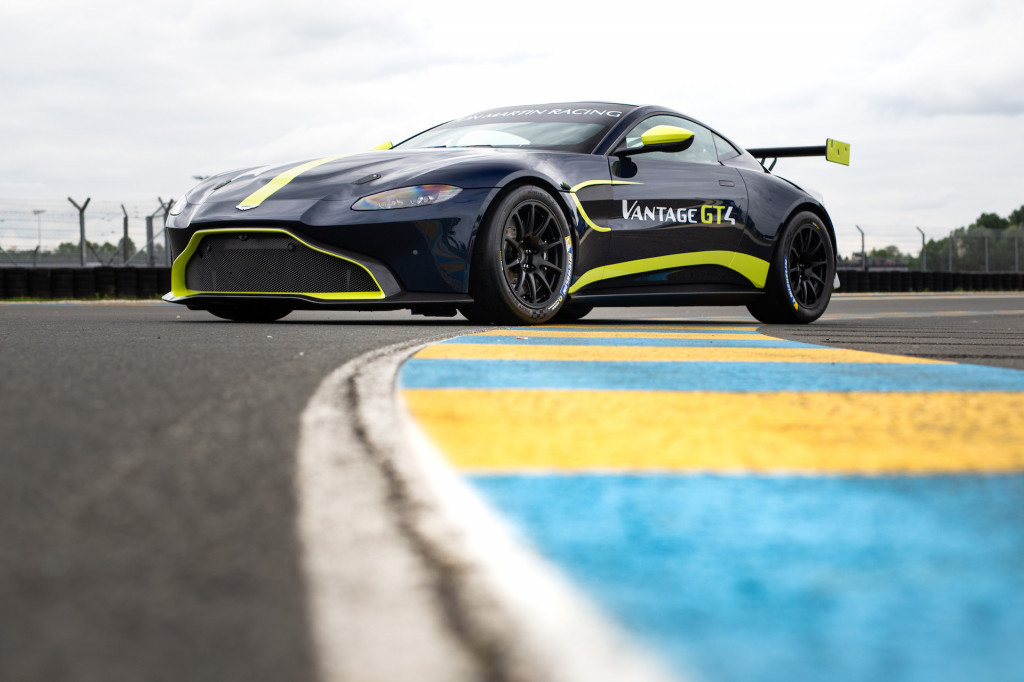 Aston Martin Vantage GT3 and GT4 customer race cars revealed