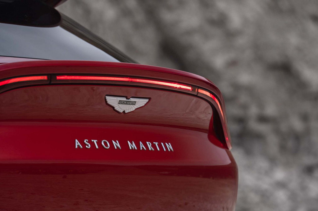 Billionaire behind Racing Point F1 team reportedly eyes major stake in Aston Martin