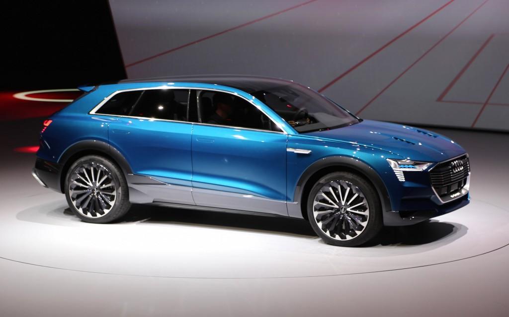 Image: Audi e-tron quattro concept, 2015 Frankfurt Auto ...