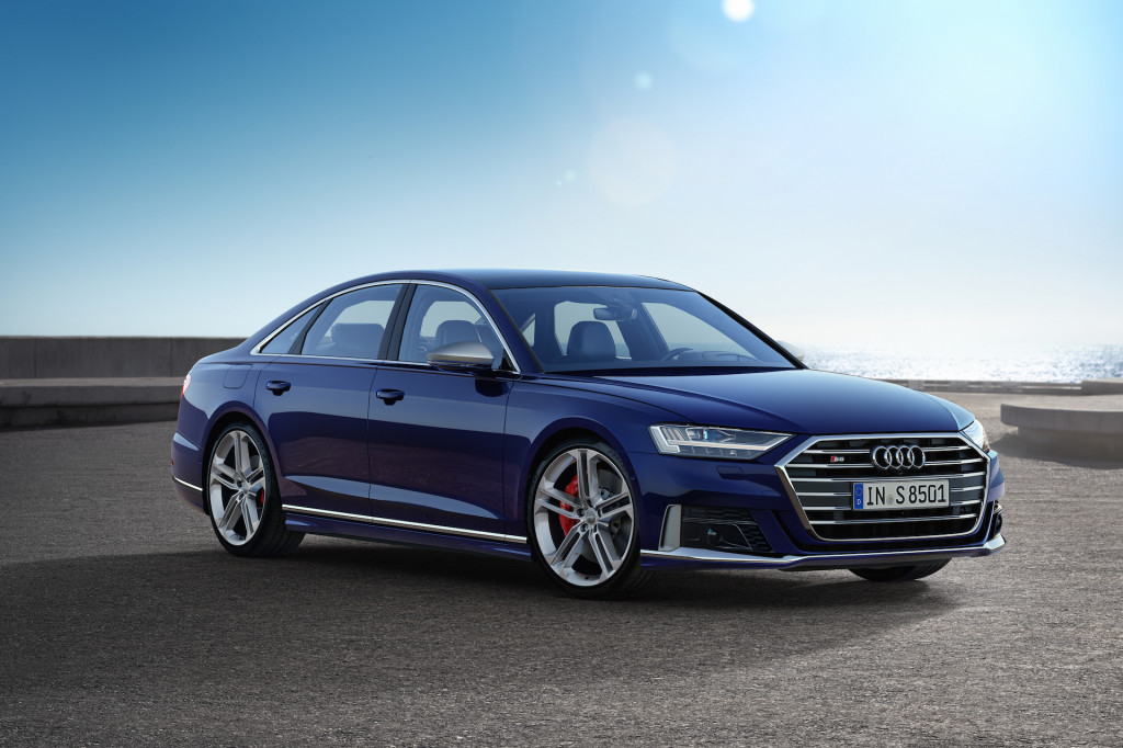 2020 Audi S8 revealed with 571 hp, the gamut of suspension technology