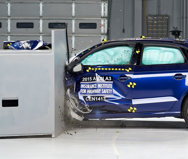 Audi A3 IIHS crash test