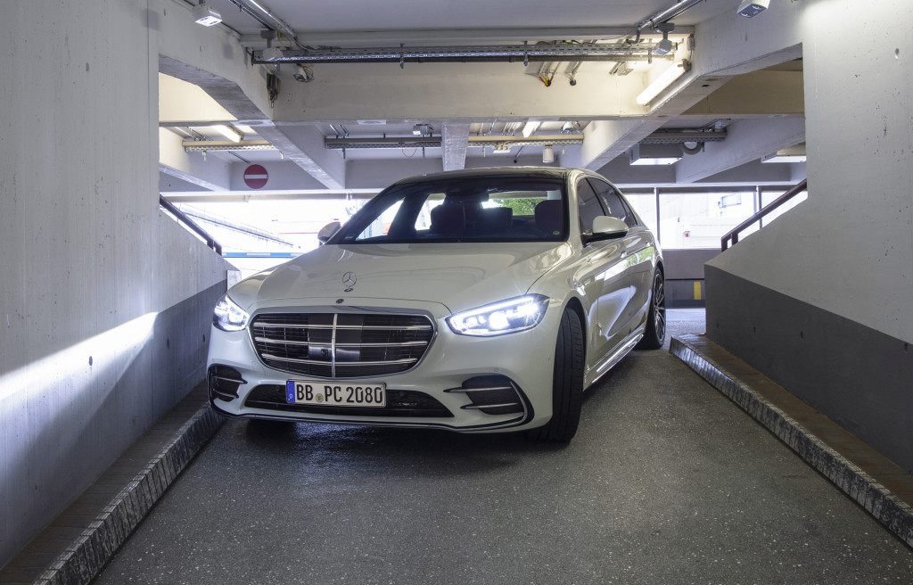 Automated valet trial at airport in Stuttgart, Germany