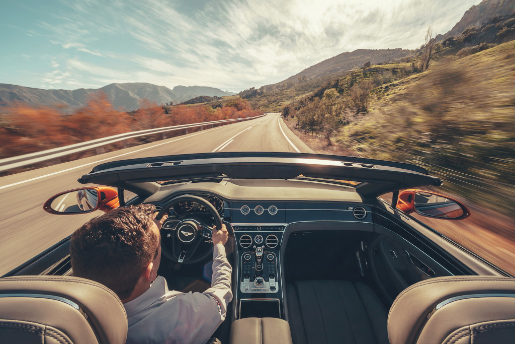 First Drive Review 2020 Bentley Continental Gt Convertible Offers A Break From The Digital World