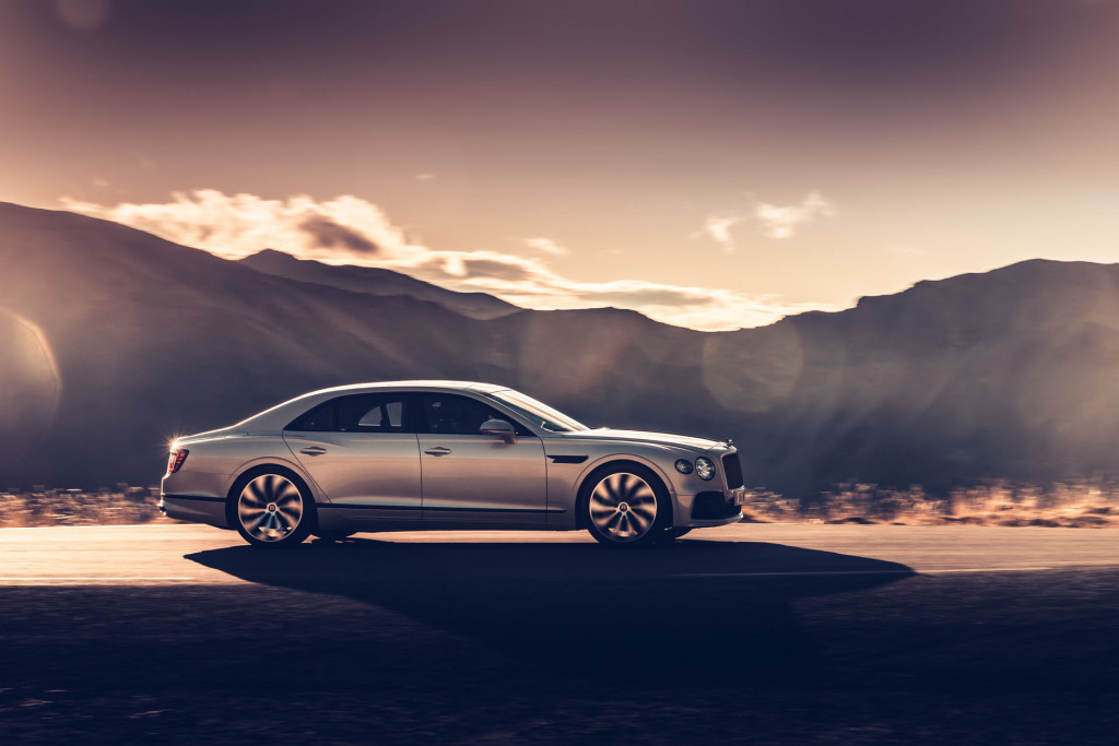 Bentley darkens Flying Spur with Blackline specification