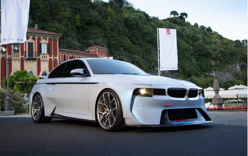 BMW honors 02 Series with Hommage concept at Villa d\'Este