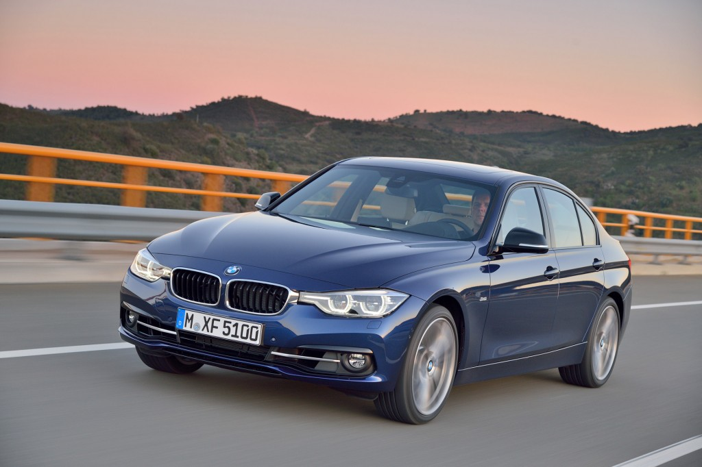 2016 BMW 3-Series Crash-Tested: Maintains 'Marginal' Rating