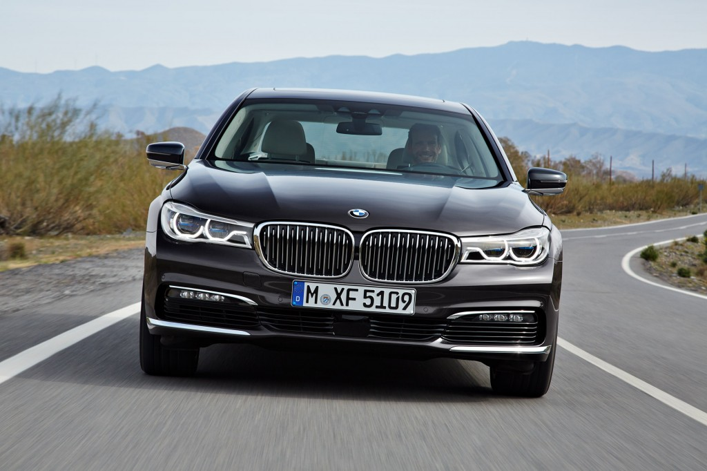 Tesla Model X, Camry Vs. 200, 2016 BMW 7 Series: Whatu0027s New @ The Car  Connection