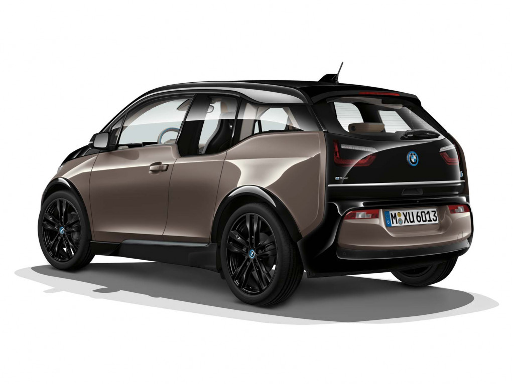 2019 BMW i3 debuts with 42.2-KWH battery, 153-mile range