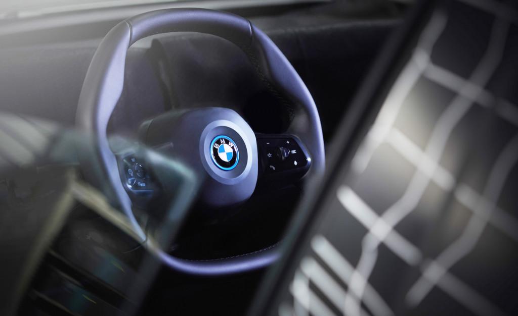BMW iNext steering wheel