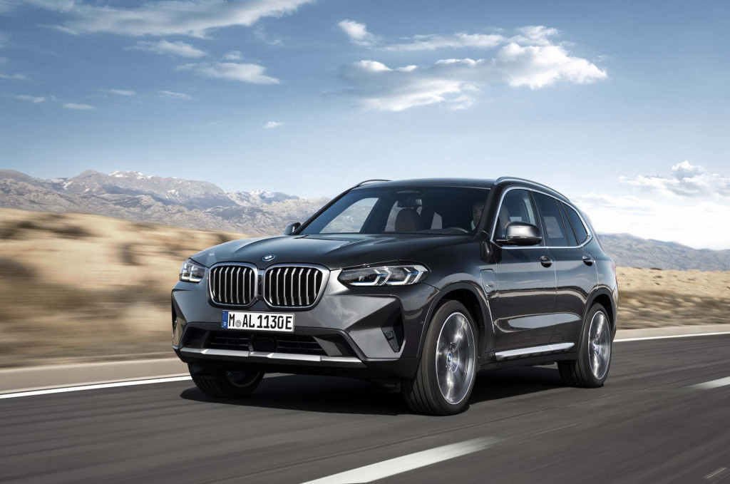 2022 BMW X3, X4 small SUVs updated with more tech, more torque, modest price increases