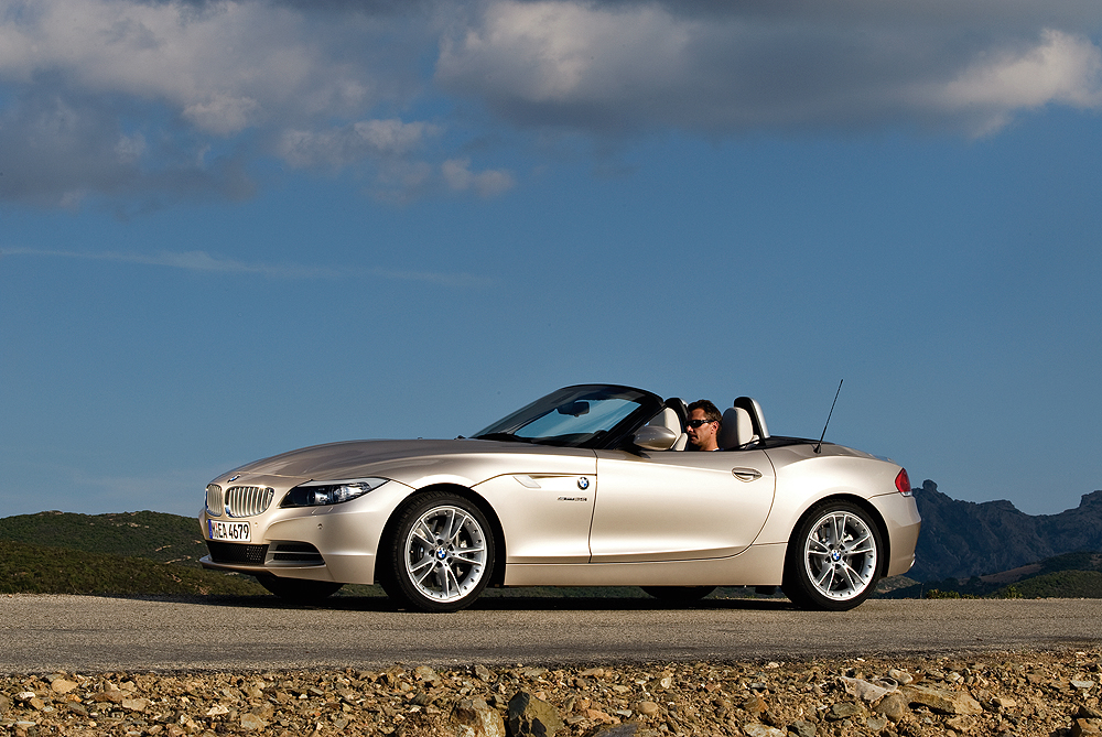 First Look 2009 Bmw Z4