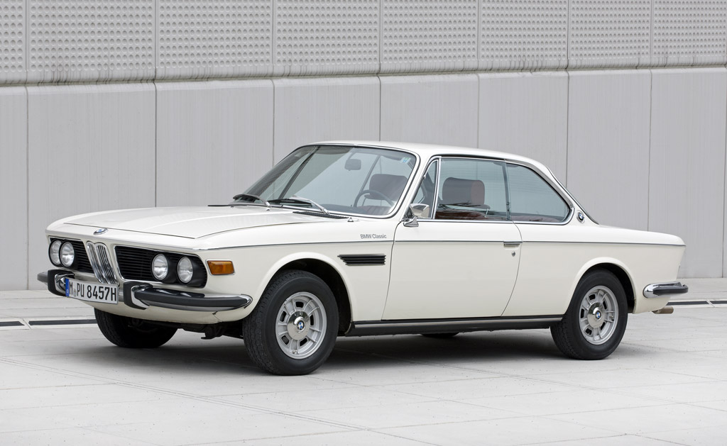history of the bmw 3 0 csi video. Black Bedroom Furniture Sets. Home Design Ideas
