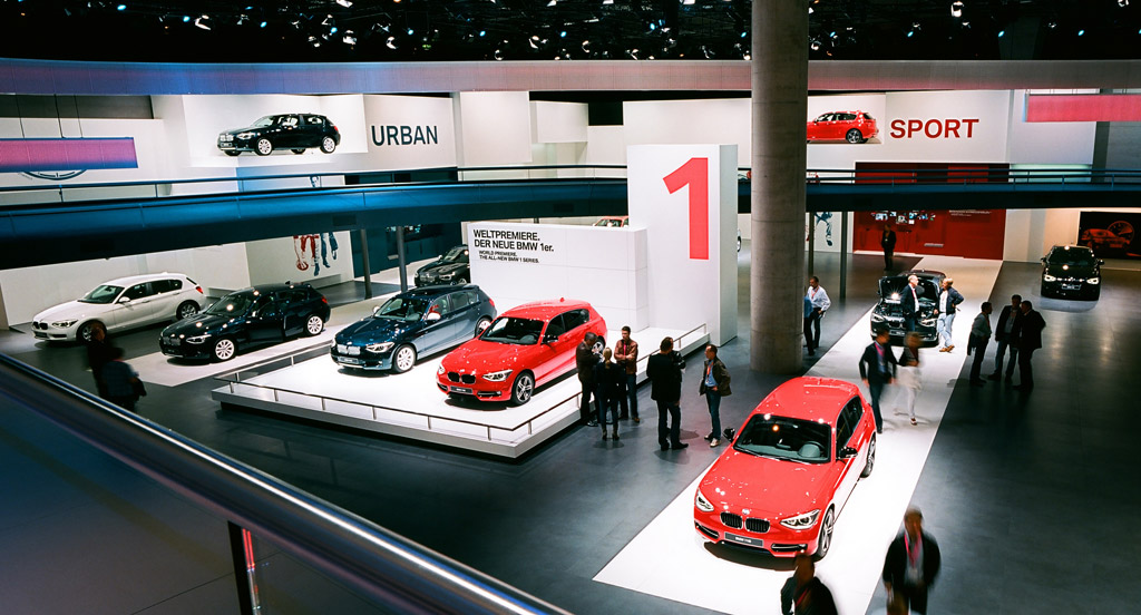 image bmw stand at the 2011 frankfurt auto show size. Black Bedroom Furniture Sets. Home Design Ideas