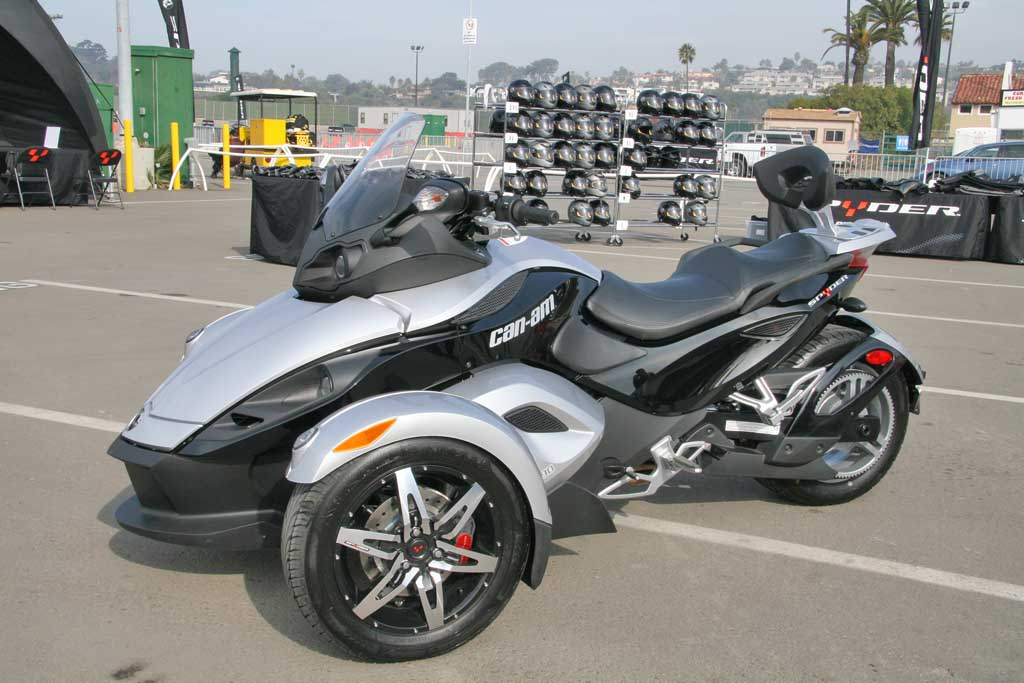 image bombardier can am spyder size 1024 x 683 type gif posted on february 12 2007 2 11. Black Bedroom Furniture Sets. Home Design Ideas