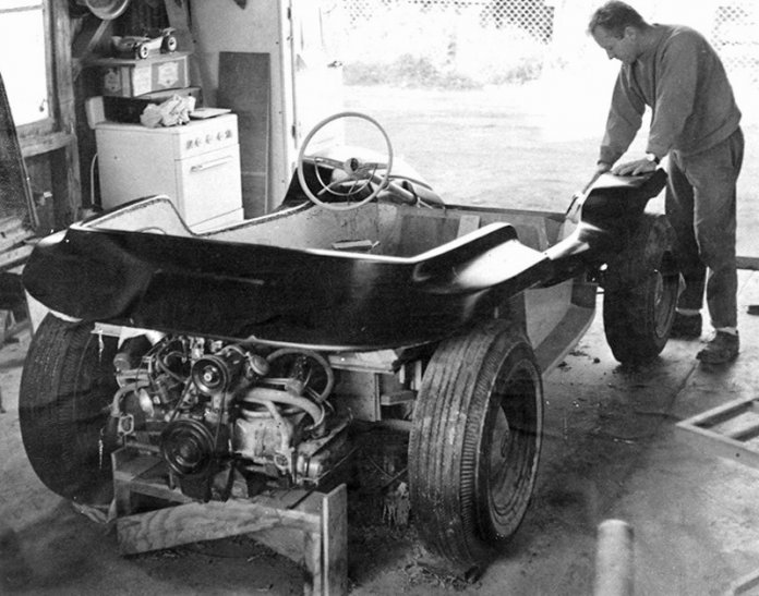 Bruce Meyers hand-building the first Manx, Old Red, at his Newport Beach shop in 1964