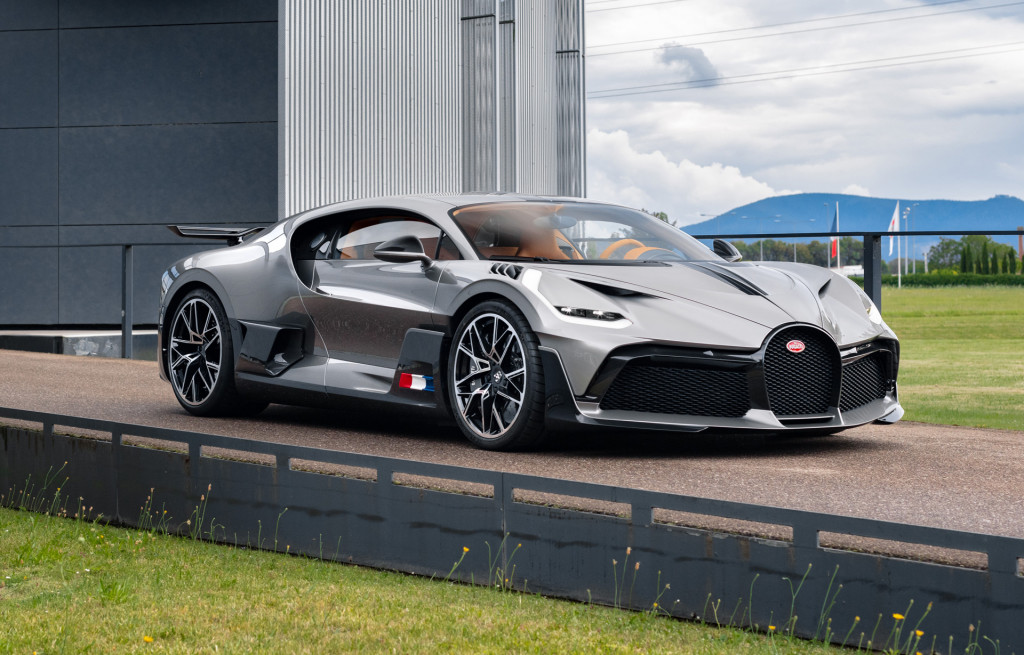 Bugatti Divo customer deliveries begin - August 2020
