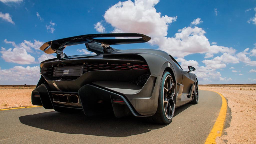 Bugatti Divo hot-weather testing