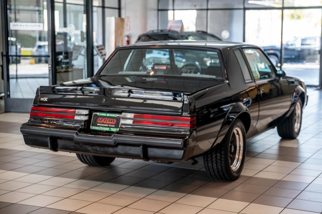 """Morgan Plus 4, """"Bullitt"""" Mustang, Buick GNX: Today's Car News"""