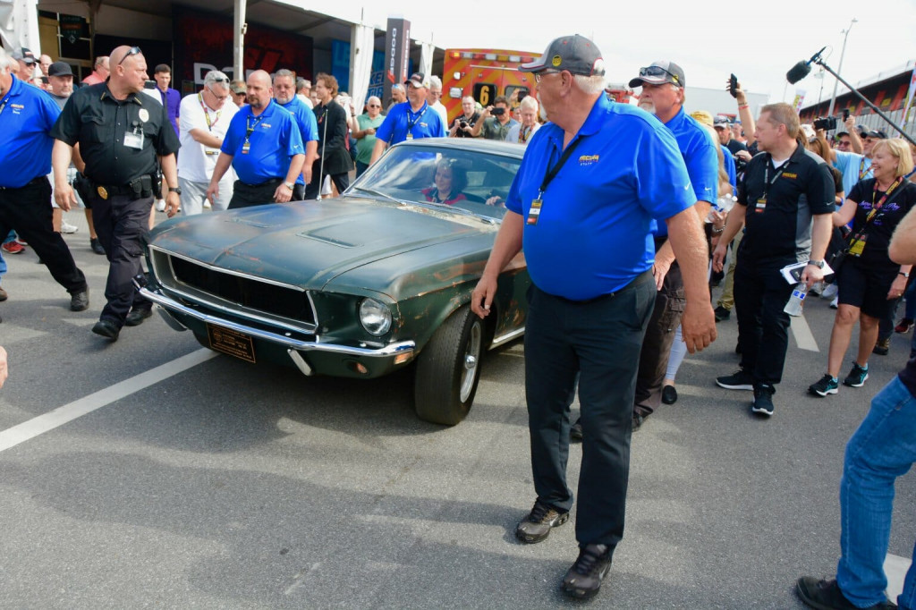 Bullitt on its way to the auction arena