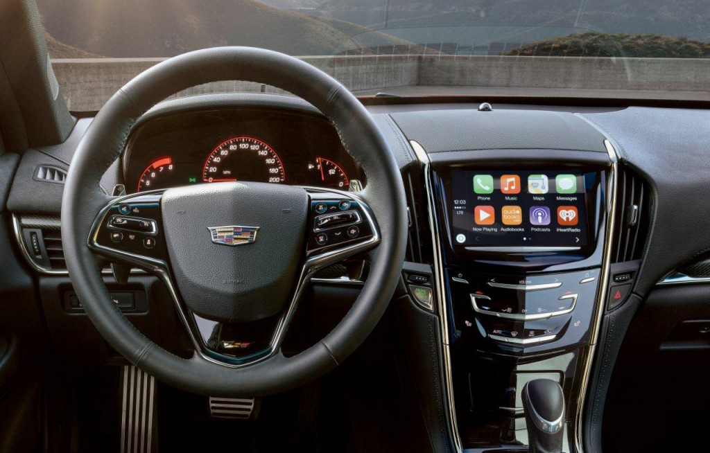Apple CarPlay And Android Auto Coming To 2016 Cadillacs: Video