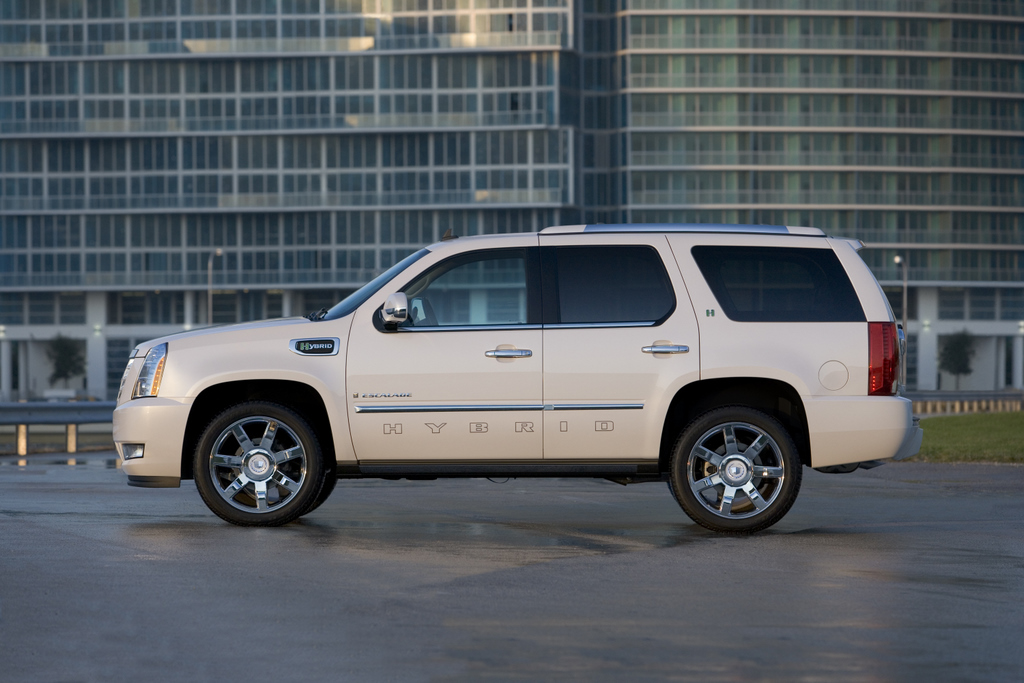2009 Cadillac Escalade Hybrid Review Ratings Specs Prices And Photos The Car Connection