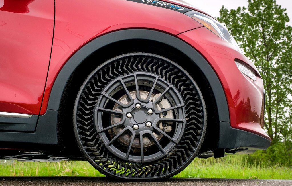 Chevrolet Bolt EV fitted with prototype airless tires from Michelin