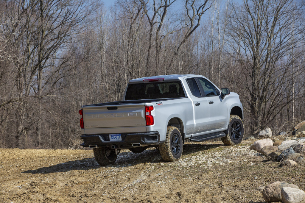 2020 Chevrolet Silverado brings V-8 power to the people