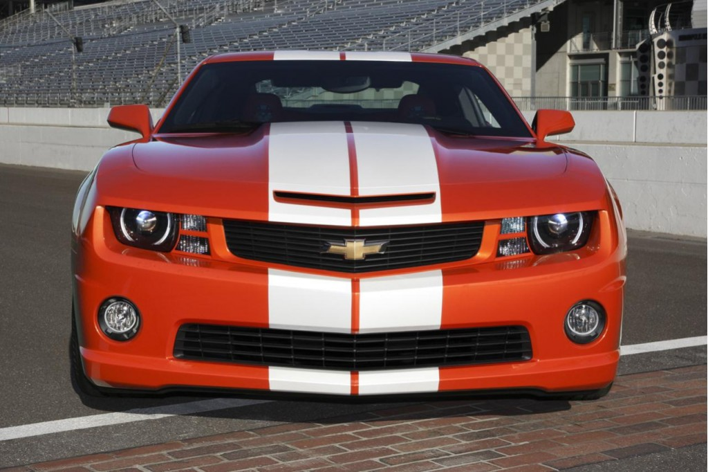 Chevrolet To Build Just 200 2010 Camaro Ss Indy 500 Pace Car Replicas