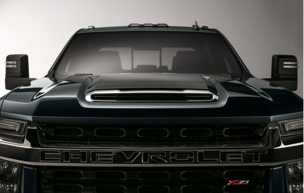Chevy Teases Next-Generation 2020 Silverado HD Pickup