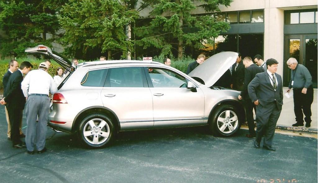 Chicago press inspect VW's 2011 Touareg