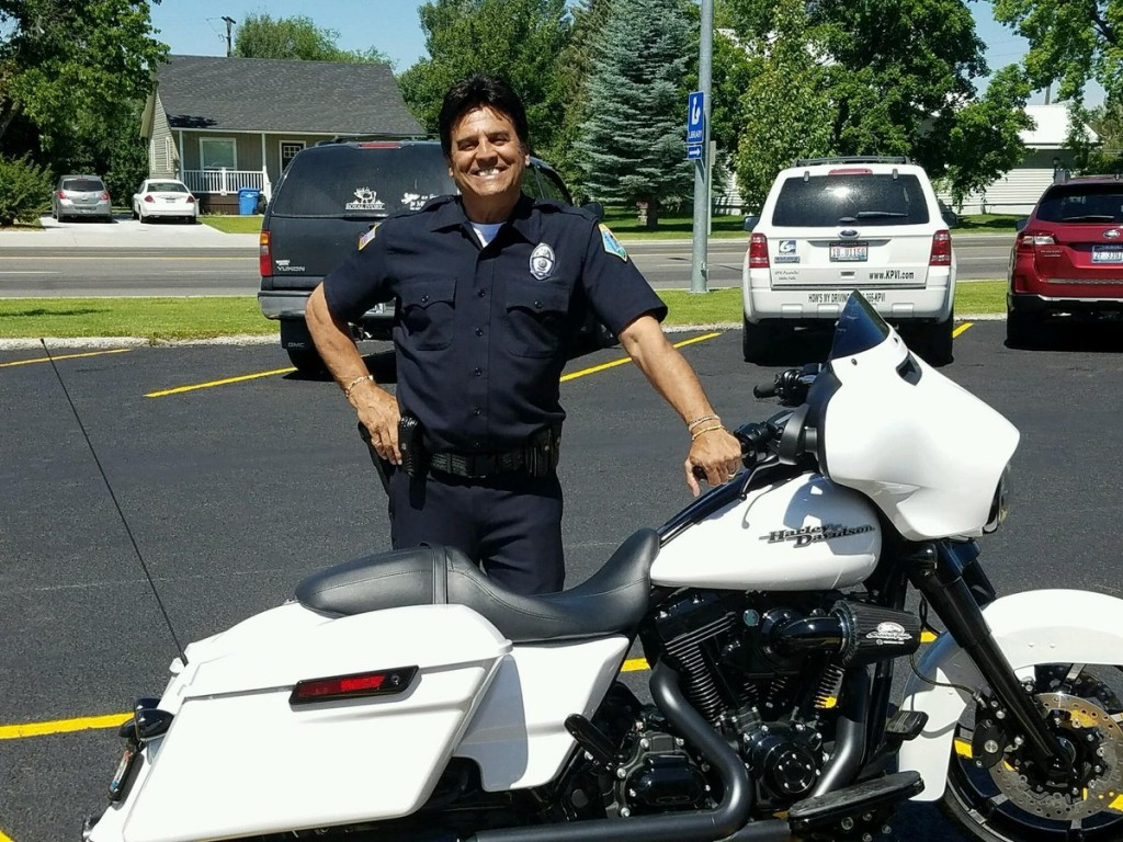 CHiPs' Erik Estrada is now a police officer in St. Anthony, Idaho