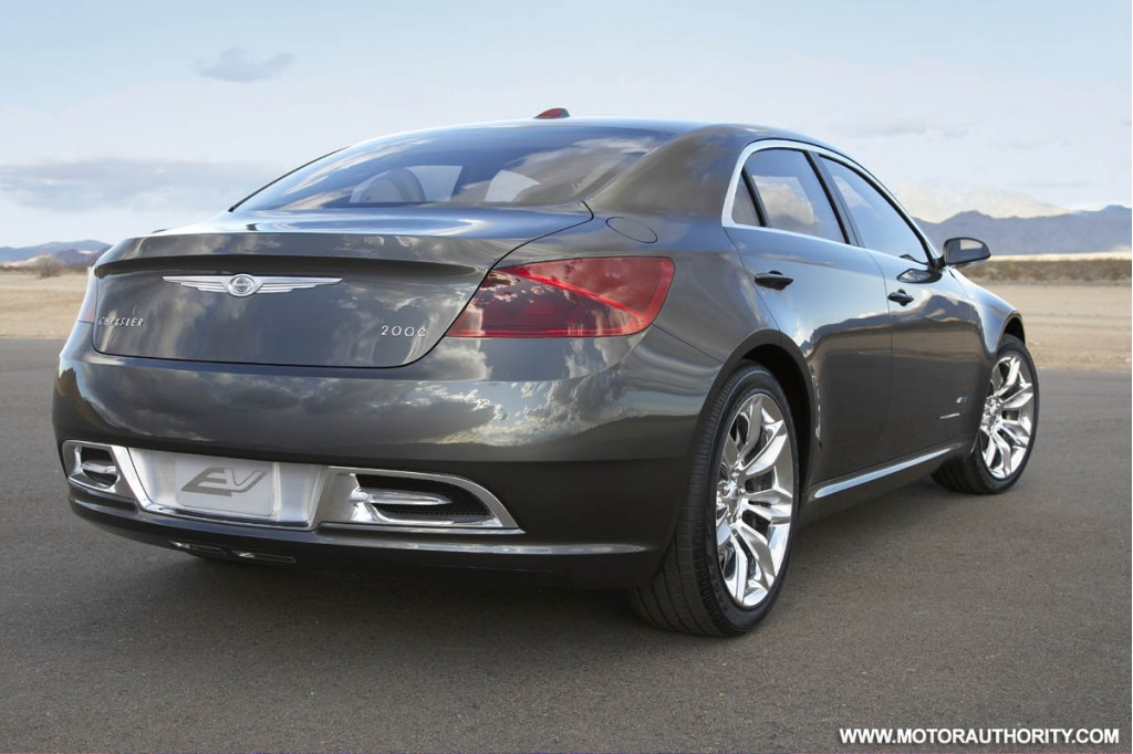 chrysler 200c ev concept car 012