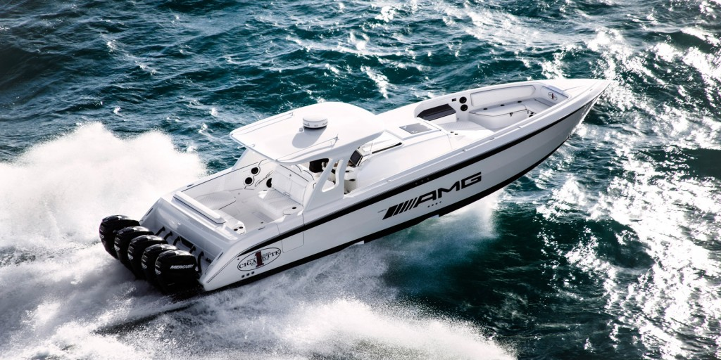Image Cigarette Racing Huntress Is A 42 Foot Boat Whose