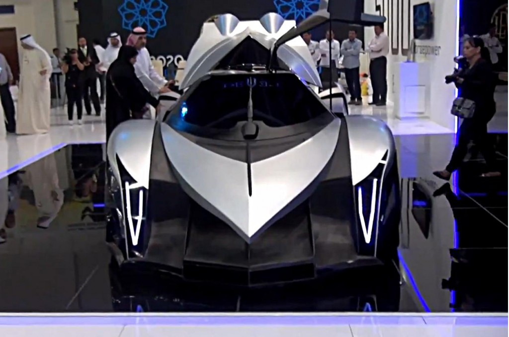 Image Devel Sixteen At Dubai Motor Show Size 1024 X 679