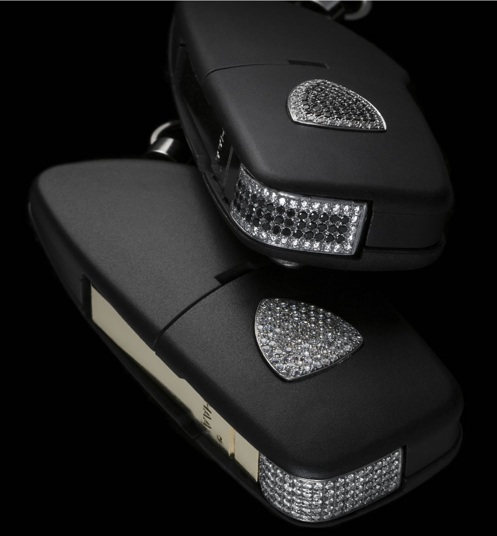 Diamond-studded luxury Lamborghini key fob by Amosu