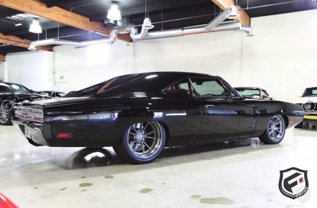"""1,650-hp """"Tantrum"""" 1970 Dodge Charger for sale"""