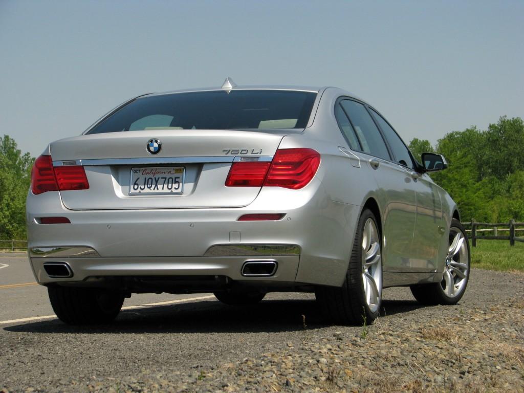 Image Driven BMW Li Size X Type Gif Posted - 2010 750 bmw