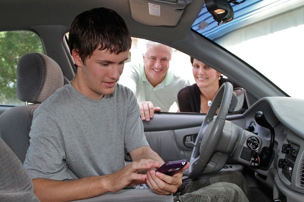 Teen Driving App >> Drivescribe App Coaches Teen Drivers Offers Big Rewards