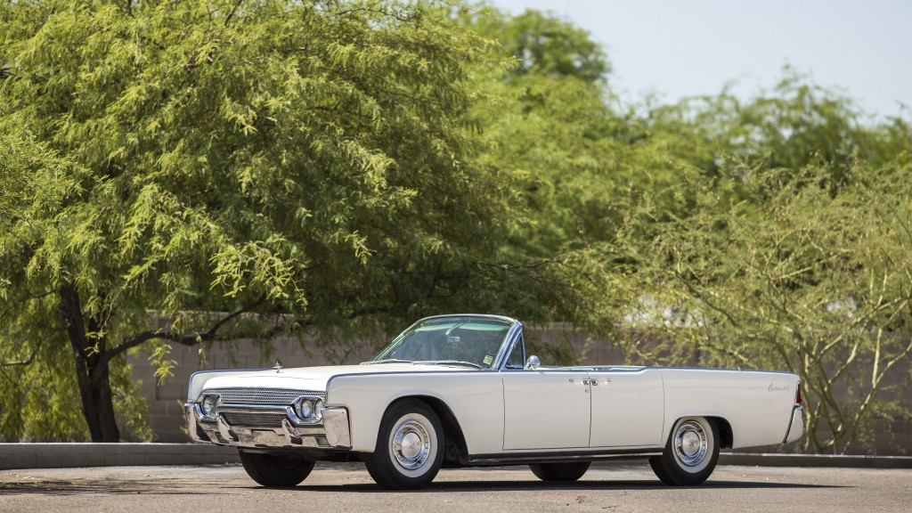 1961 Lincoln Continental: 100 Cars That Matter