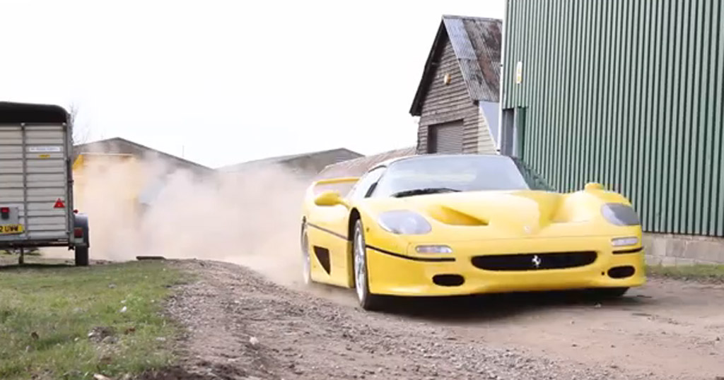 Ferrari F50 plays in the dirt