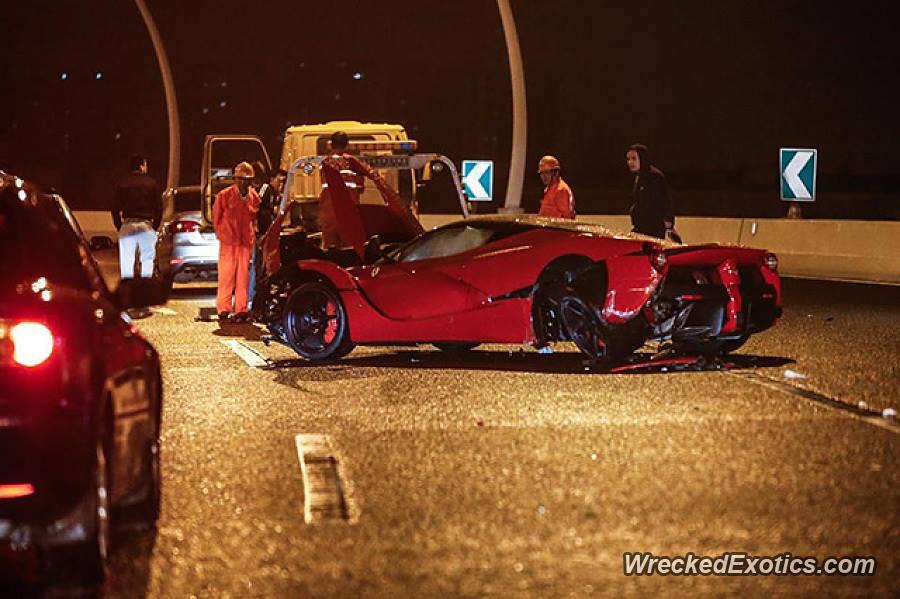 Image: Ferrari LaFerrari crash in China - Image via WreckedExotics ...