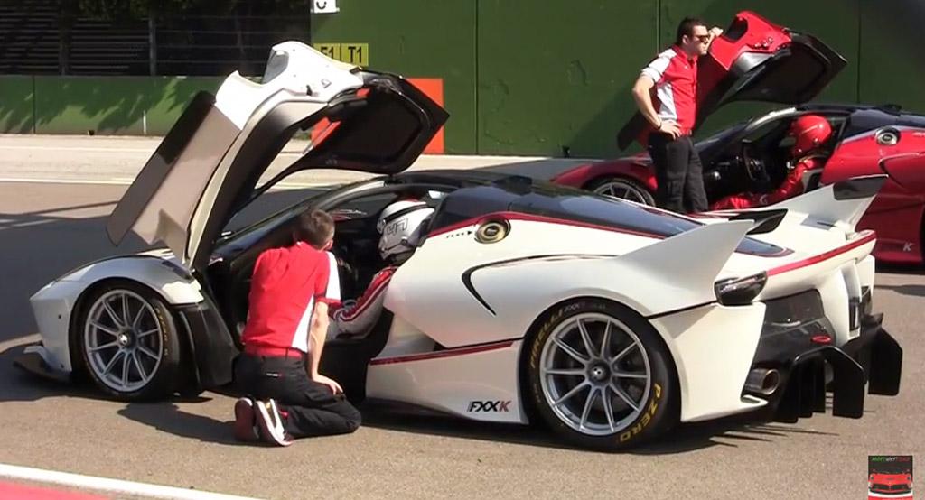 Four Ferrari FXX Ks Take To Imola: Video
